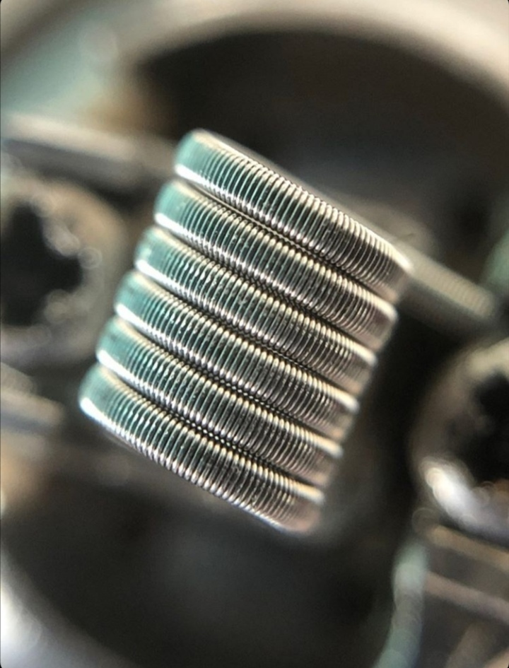 RD-Coils MTL Fine Fused Clapton Kanthal / NI80 Coil 0,9 Ohm